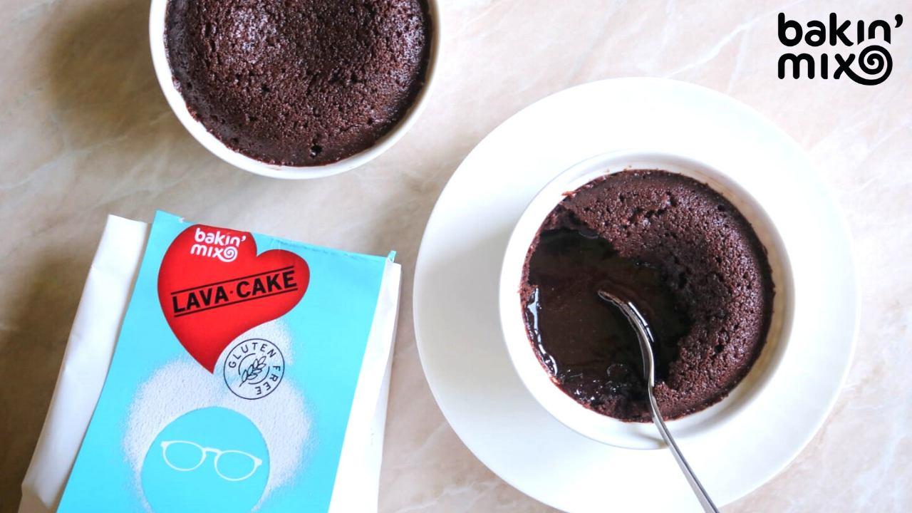 Odlična torta Lava cake v samo 10 minutah! Recept brez glutena.